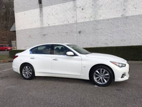 2014 Infiniti Q50 for sale at Select Auto in Smithtown NY