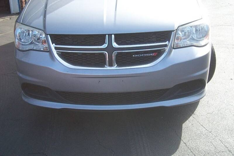 2013 Dodge Grand Caravan SXT 4dr Mini-Van - Brockton MA