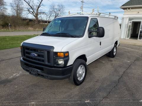 2014 Ford E-Series Cargo for sale at Rick's R & R Wholesale, LLC in Lancaster OH