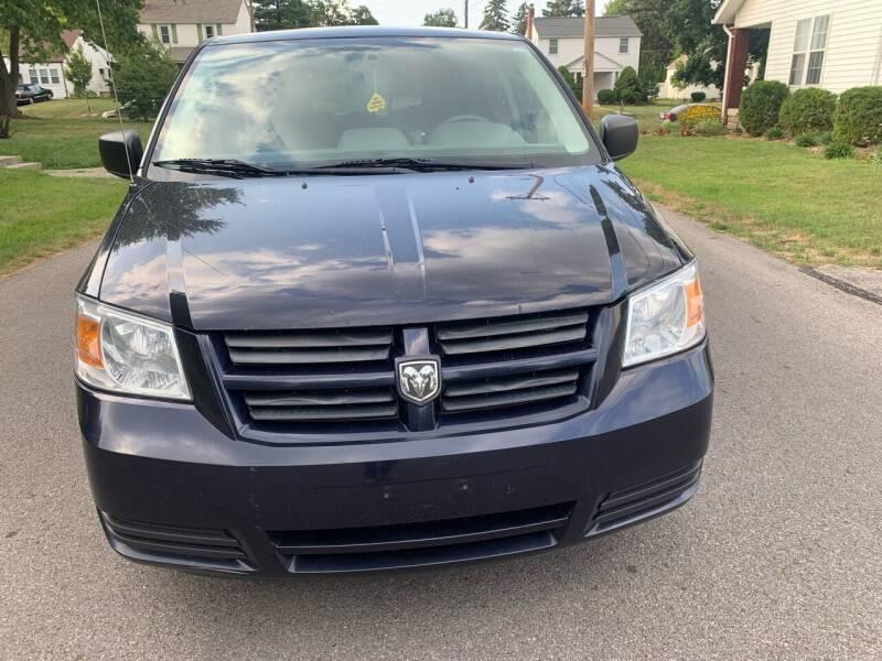 2010 Dodge Grand Caravan for sale at Via Roma Auto Sales in Columbus OH