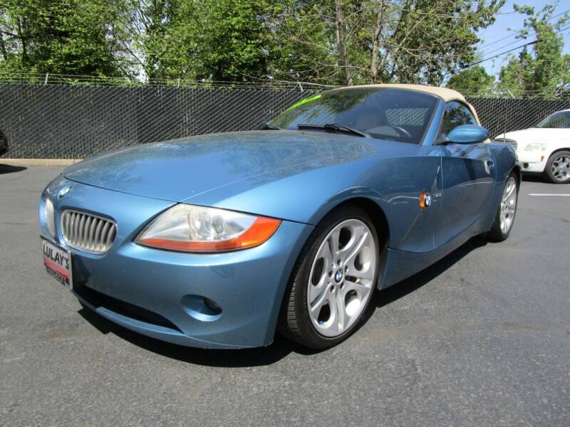2004 BMW Z4 for sale at LULAY'S CAR CONNECTION in Salem OR