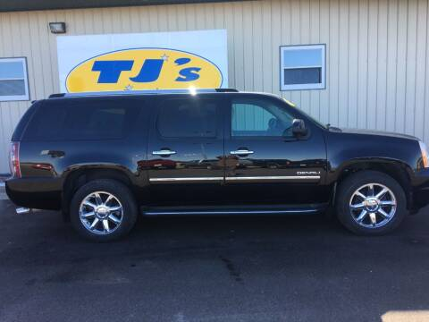 2012 GMC Yukon XL for sale at TJ's Auto in Wisconsin Rapids WI