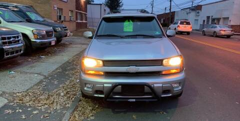 2004 Chevrolet TrailBlazer EXT for sale at Frank's Garage in Linden NJ