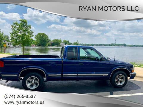1999 Chevrolet S-10 for sale at Ryan Motors LLC in Warsaw IN