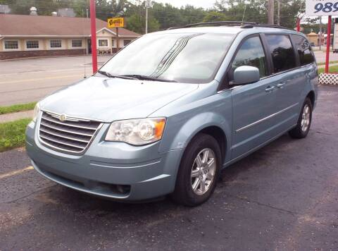 2009 Chrysler Town and Country for sale at LAKESIDE MOTORS LLC in Houghton Lake MI