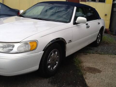 1998 Lincoln Town Car for sale at Lance Motors in Monroe Township NJ