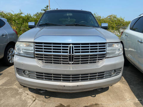 2007 Lincoln Navigator for sale at Bobby Lafleur Auto Sales in Lake Charles LA