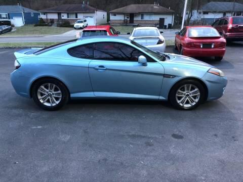 2007 Hyundai Tiburon for sale at CHRIS AUTO SALES in Cincinnati OH