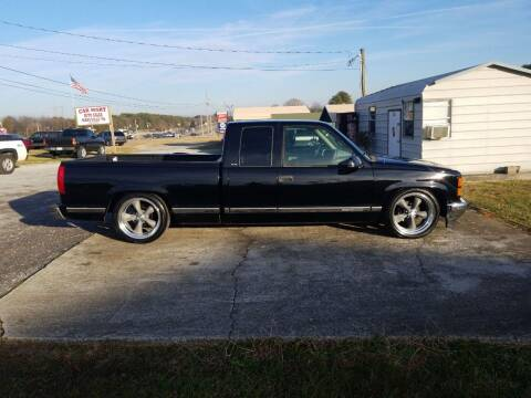 1996 GMC Sierra 1500 for sale at CAR-MART AUTO SALES in Maryville TN