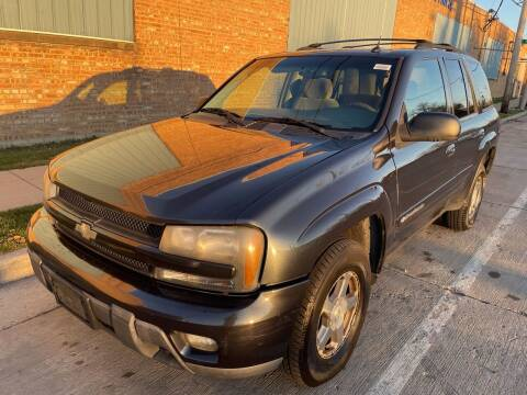 2004 Chevrolet TrailBlazer for sale at Square Business Automotive in Milwaukee WI