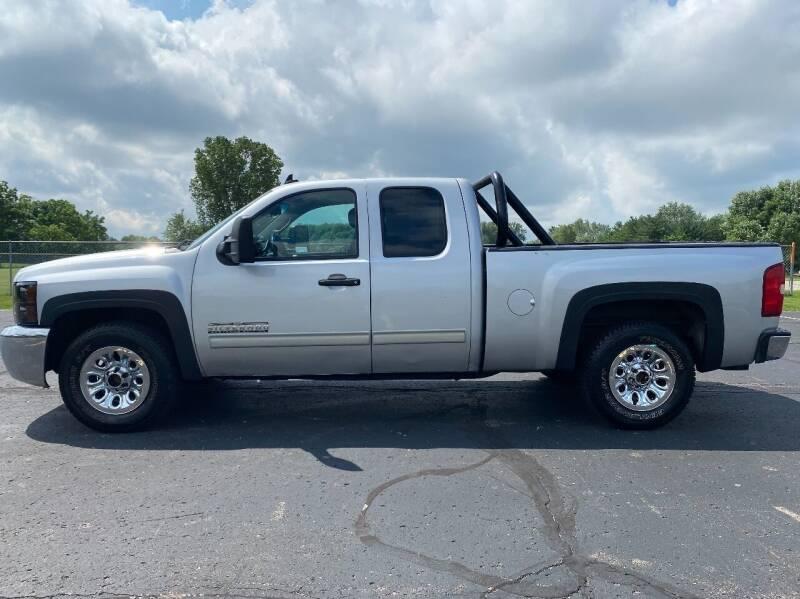 2012 Chevrolet Silverado 1500 for sale at Caruzin Motors in Flint MI