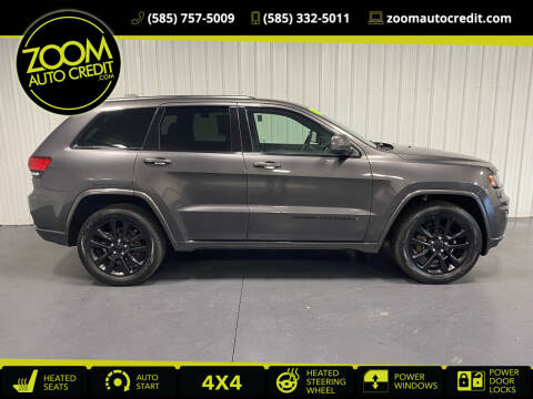 2017 Jeep Grand Cherokee for sale at ZoomAutoCredit.com in Elba NY