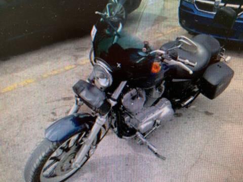 2013 HARLEY XL883L for sale at ALVAREZ AUTO SALES in Des Moines IA