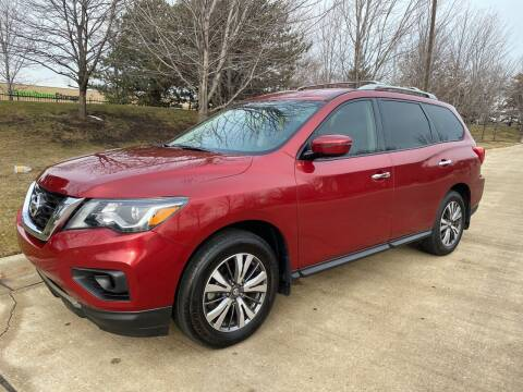 2017 Nissan Pathfinder for sale at Western Star Auto Sales in Chicago IL