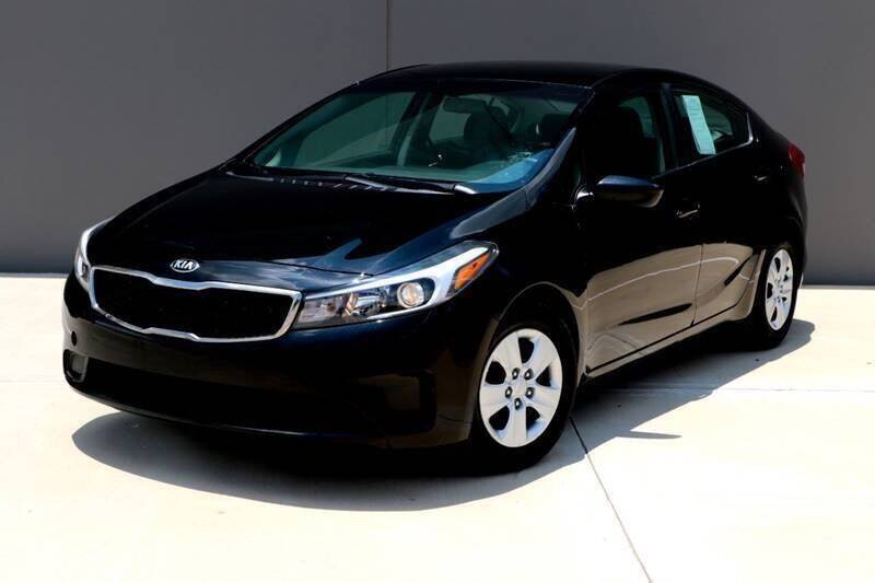2018 Kia Forte for sale at Auto Hunters in Houston TX
