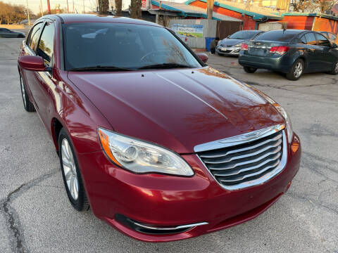 2014 Chrysler 200 for sale at PRESTIGE AUTOPLEX LLC in Austin TX