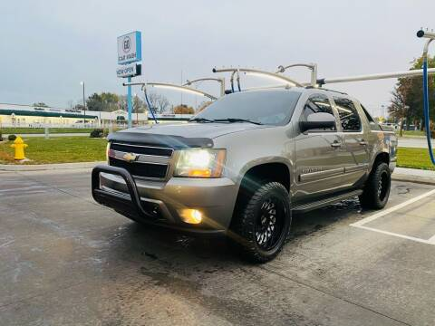 2007 Chevrolet Avalanche for sale at Xtreme Auto Mart LLC in Kansas City MO