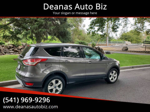 2013 Ford Escape for sale at Deanas Auto Biz in Pendleton OR