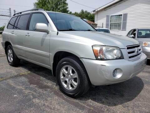 2004 Toyota Highlander for sale at Paramount Motors in Taylor MI