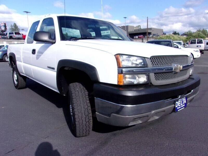 2004 Chevrolet Silverado 2500HD for sale at Delta Auto Sales in Milwaukie OR