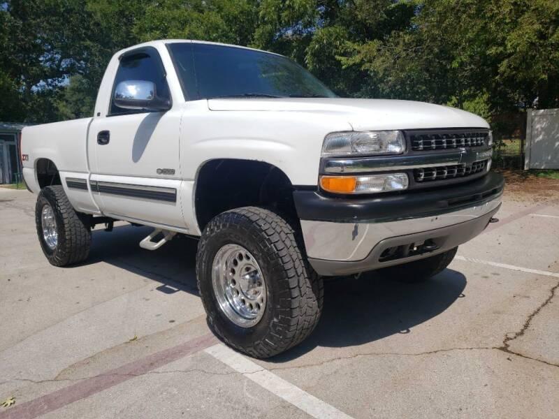 2001 Chevrolet Silverado 1500 for sale at Thornhill Motor Company in Hudson Oaks, TX