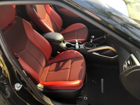 2016 Hyundai Veloster for sale at AUTOSPORT in Wellington FL