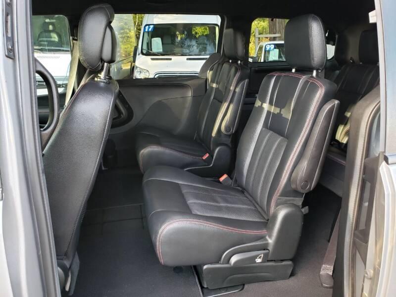 2017 Dodge Grand Caravan GT 4dr Mini-Van - Kirkland WA