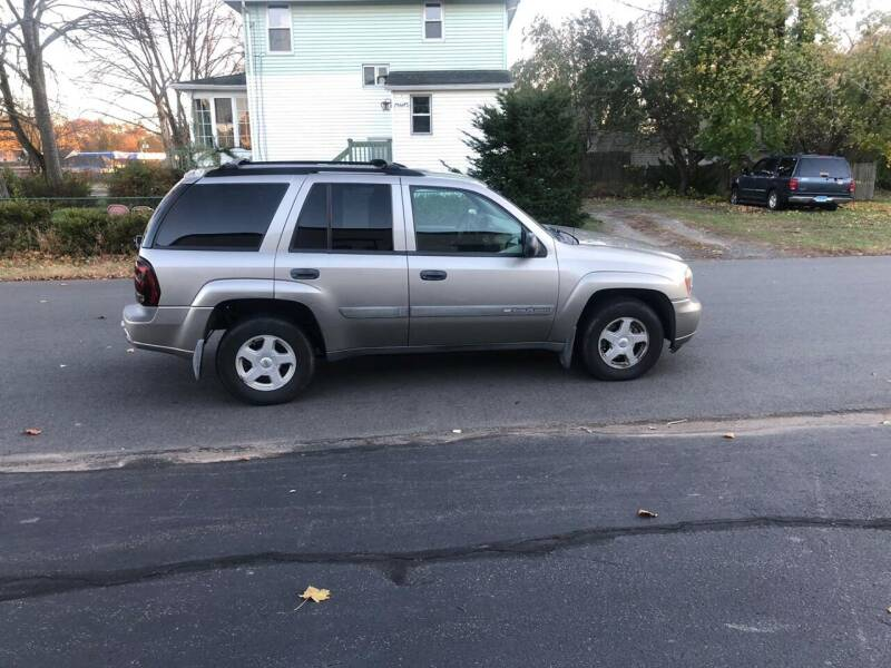 2003 Chevrolet TrailBlazer for sale at Whiting Motors in Plainville CT