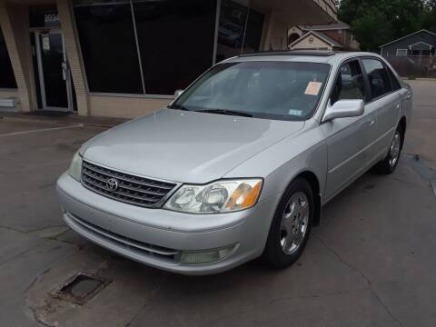 2004 Toyota Avalon for sale at Auto Haus Imports in Grand Prairie TX