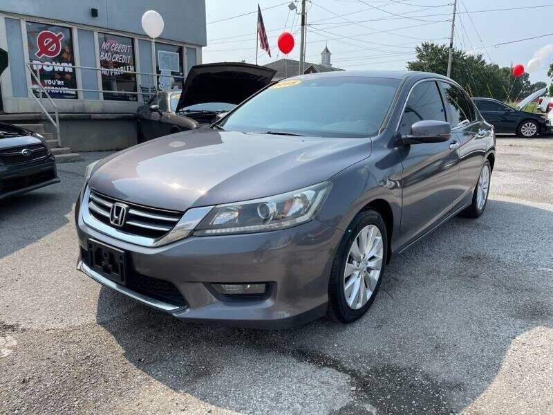 2015 Honda Accord for sale at Bagwell Motors in Lowell AR
