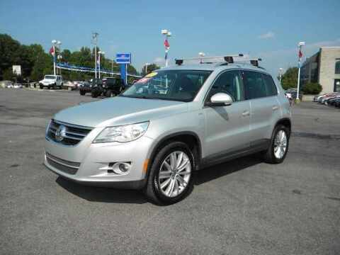 2010 Volkswagen Tiguan for sale at Paniagua Auto Mall in Dalton GA