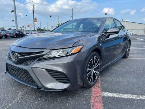 2019 Toyota Camry for sale at SOLID MOTORS LLC in Garland TX