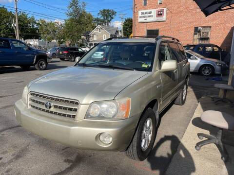 2003 Toyota Highlander for sale at Car VIP Auto Sales in Danbury CT