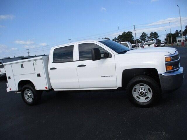 2015 Chevrolet Silverado 2500HD for sale at GOWEN WHOLESALE AUTO in Lawrenceburg TN