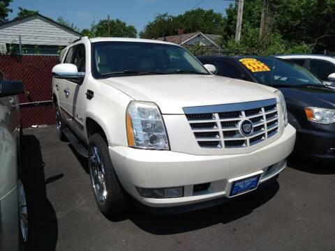 2007 Cadillac Escalade for sale at Eagle Motors in Hamilton OH