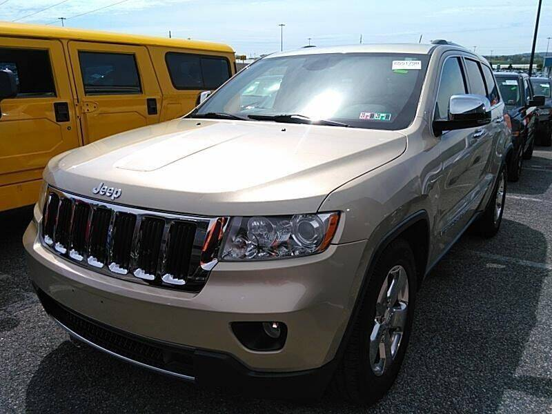 2011 Jeep Grand Cherokee for sale at Great Lakes Classic Cars & Detail Shop in Hilton NY