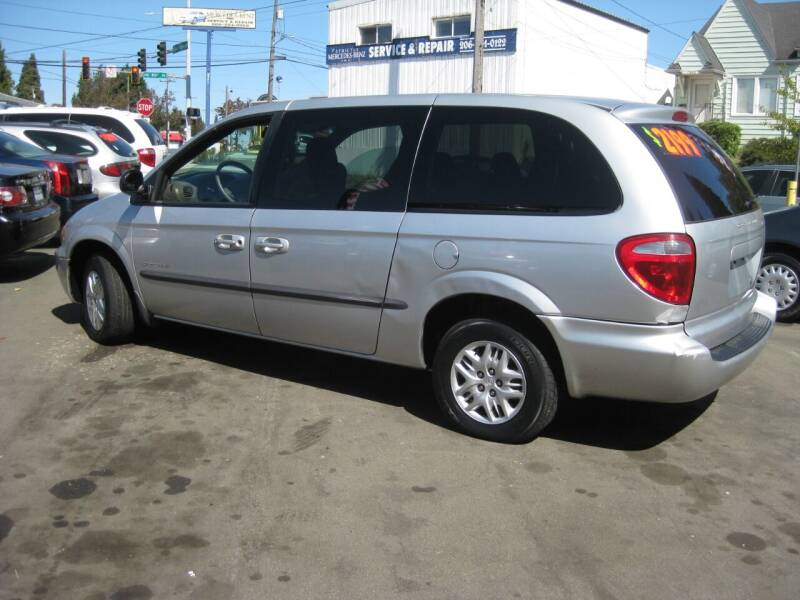 2001 Dodge Grand Caravan for sale at UNIVERSITY MOTORSPORTS in Seattle WA
