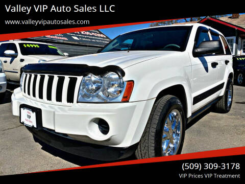 2005 Jeep Grand Cherokee for sale at Valley VIP Auto Sales LLC in Spokane Valley WA