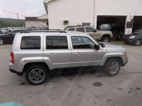 2012 Jeep Patriot for sale at ROUTE 119 AUTO SALES & SVC in Homer City PA