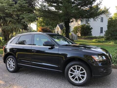 2010 Audi Q5 for sale at Island Motor Cars in Nesconset NY