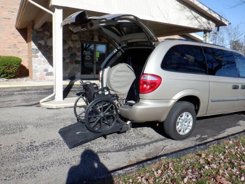 2007 Dodge Grand Caravan for sale at Mobility Motors LLC - A Wheelchair Van in Battle Creek MI