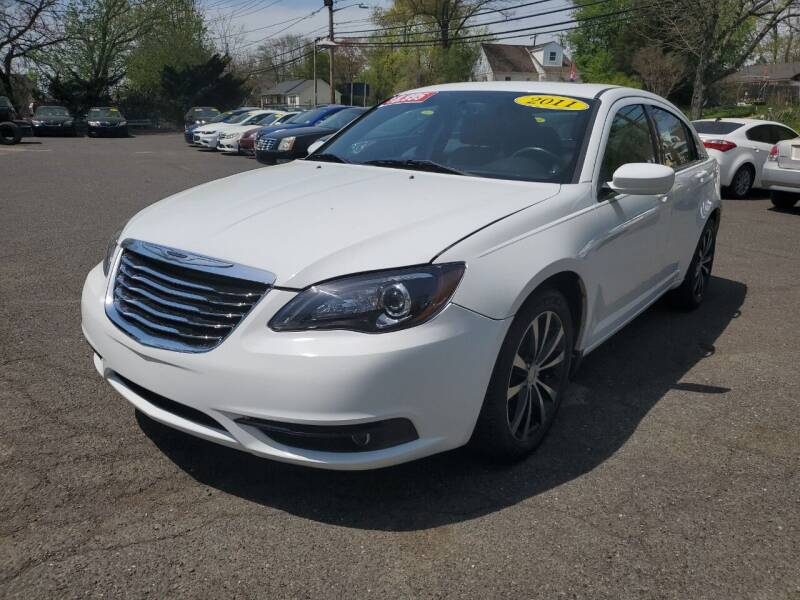 2011 Chrysler 200 for sale at CENTRAL AUTO GROUP in Raritan NJ