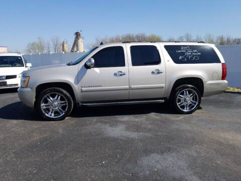 2007 Chevrolet Suburban for sale at Caps Cars Of Taylorville in Taylorville IL