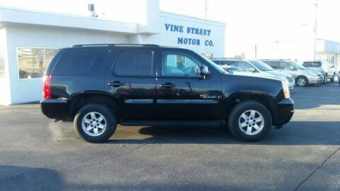 2007 GMC Yukon for sale at VINE STREET MOTOR CO in Urbana IL