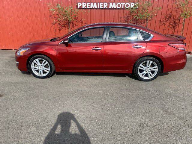 2014 Nissan Altima for sale at PREMIERMOTORS  INC. in Milton Freewater OR