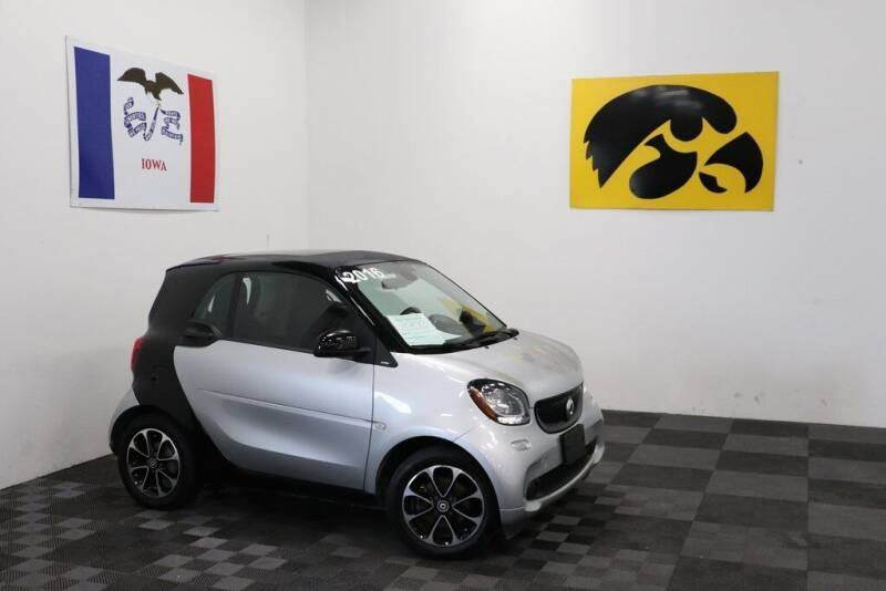 2016 Smart fortwo for sale at Carousel Auto Group in Iowa City IA