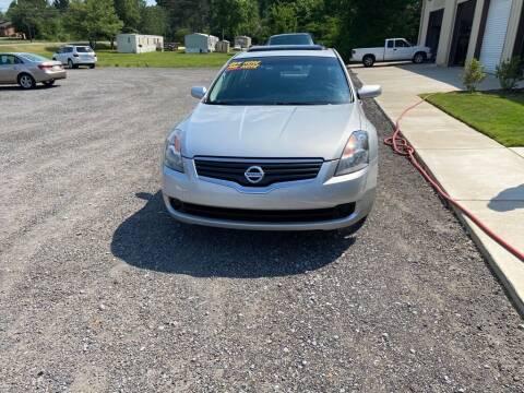 2008 Nissan Altima for sale at B & B AUTO SALES INC in Odenville AL