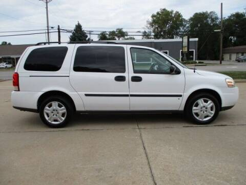 2008 Chevrolet Uplander for sale at Pinnacle Investments LLC in Lees Summit MO