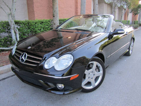 2006 Mercedes-Benz CLK for sale at FLORIDACARSTOGO in West Palm Beach FL