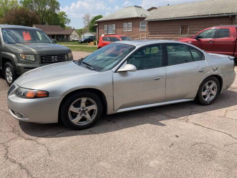 2005 Pontiac Bonneville for sale at Dakota Auto Inc. in Dakota City NE